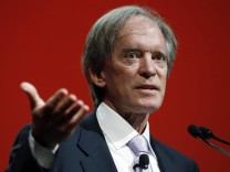 Bill Gross, co-founder and co-chief investment officer of PIMCO, speaks at the Morningstar Investment Conference in Chicago