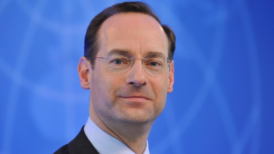 Nachfolger für Diekmann <b>Oliver Bäte</b> wird neuer Allianz-Chef - 940x528?v=1430477035000