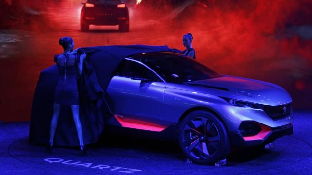 Peugeot Quartz Konzeptstudie auf dem Pariser Autosalon 2014.