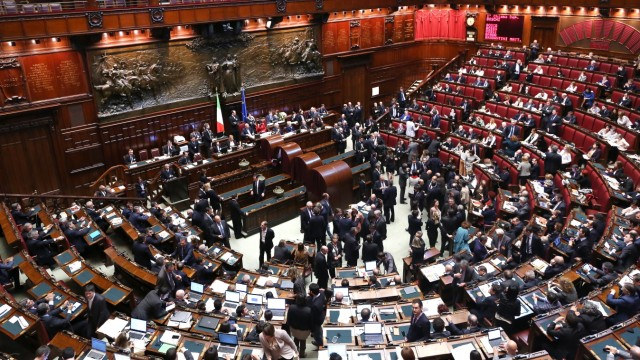 Parliament Votes For President of Republic