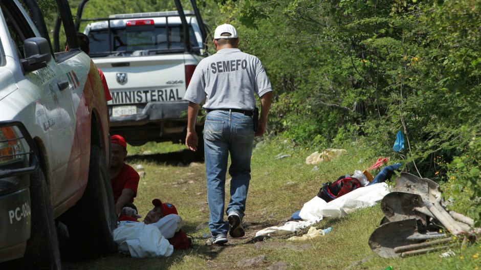 Mexican authorities find mass grave on outskirts of Iguala, where