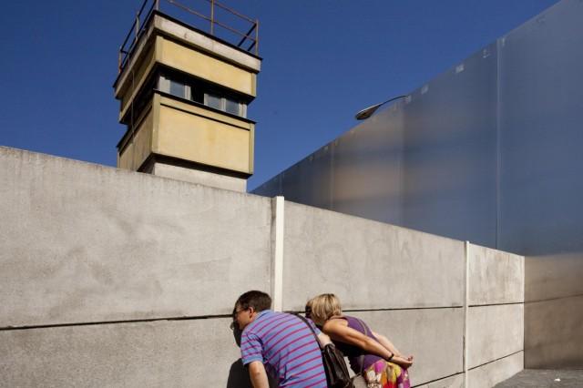 Leinwand und Lustgarten: Berliner Mauer 25 Jahre nach dem Fall