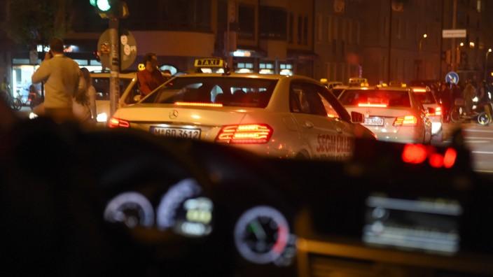 Taxis zur Oktoberfest-Zeit in München