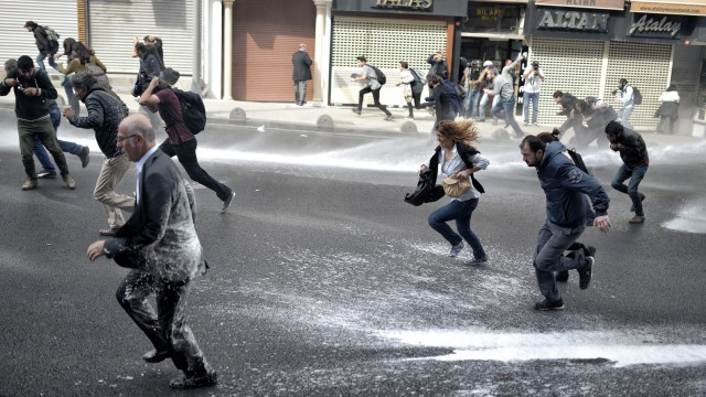Protest again Islamic State in Istanbul