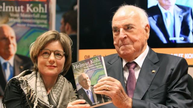 Helmut Kohl Altkanzler auf Frankfurter Buchmesse
