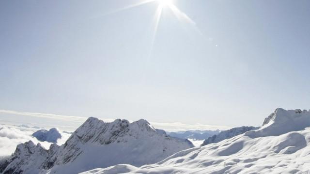 Alpen, Schnee, Ski und Snowboard