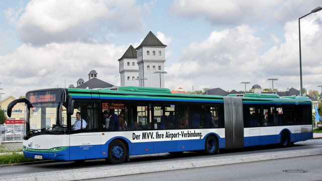http://media-cdn.sueddeutsche.de/image/sz.1.2176133/640x360?v=1423819420000