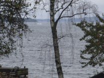 Sweden investigates alleged foreign underwater activity