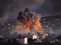 Syrian Kurds Battle IS To Retain Control Of Kobani