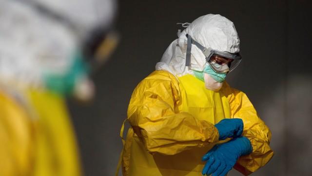 Ebola Schutzkleidung gegen Ebola