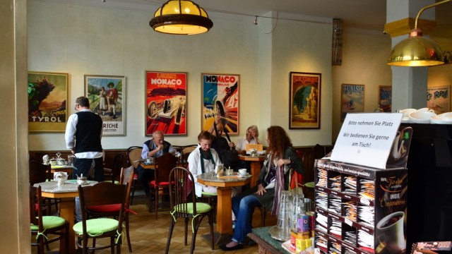 Cafe Kolonial Neuhausen