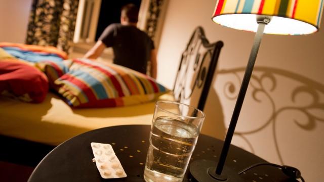 Loungemusik oder Bier - Bei Schlafstörungen hilft jedem anderes