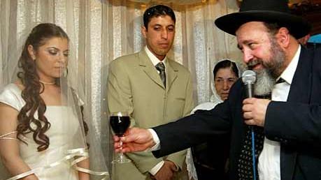 Nur der Rebbe entscheidet, wer heiratet: eine jüdische Trauung in Israel
