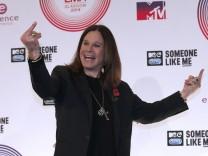 Gestenreich: Ozzy Osbourne nach seinem Auftritt bei den 2014 MTV Europe Music Awards