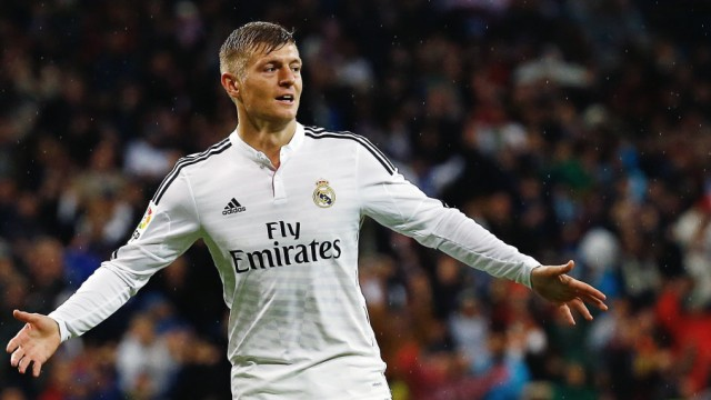 Real Madrid's Toni Kroos celebrates his goal against Rayo Vallecano during their Spanish first division soccer match in Madrid