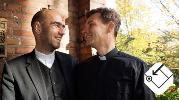 Schwules Priesterpaar
