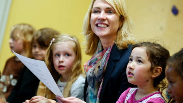 Bundesfamilienministerin besucht Kindertagesstätte