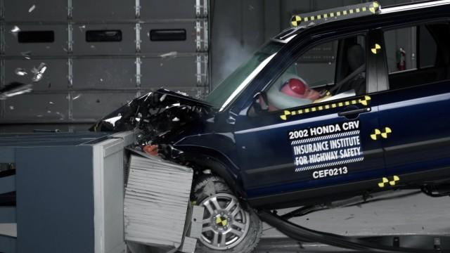 Crashtest eines Honda CR-V