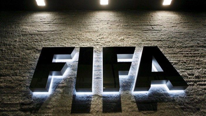 FIFA inquiry clears Qatar and Russia of corruption allegations