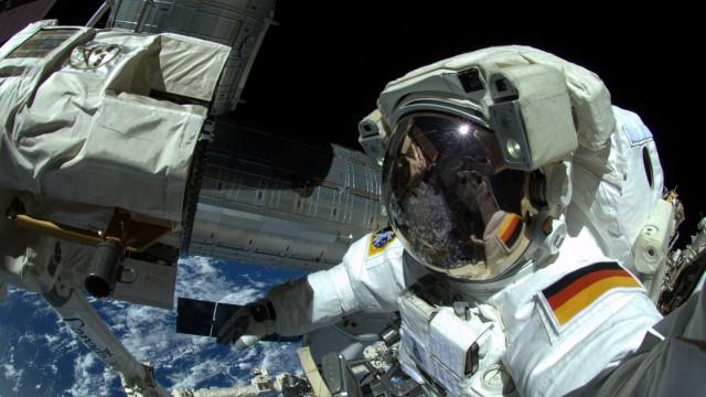 Außenarbeiten an der ISS