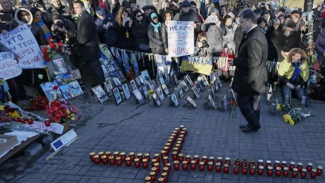 Präsident Poroschenko bei der Maidan-Gedenkveranstaltung in Kiew