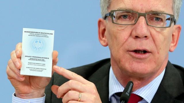 De Maizière plant Ausweis-Entzug für Islamisten