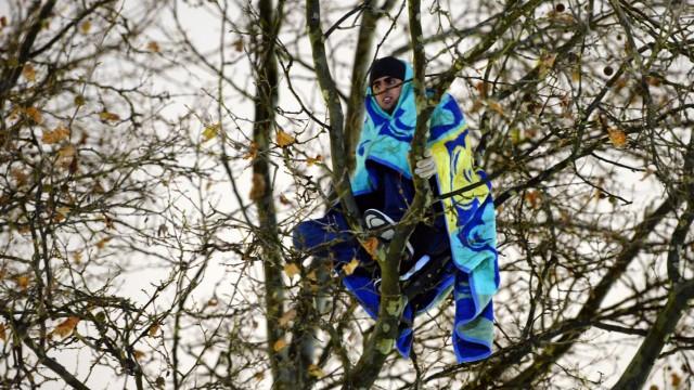Polizei räumt Flüchtlingscamp in München