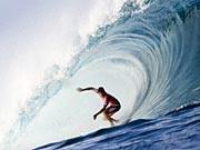 Im Rausch der Wellen: Surfen auf Hawaii, AP