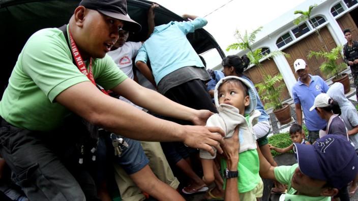Taifun Hagupit nähert sich den Philippinen
