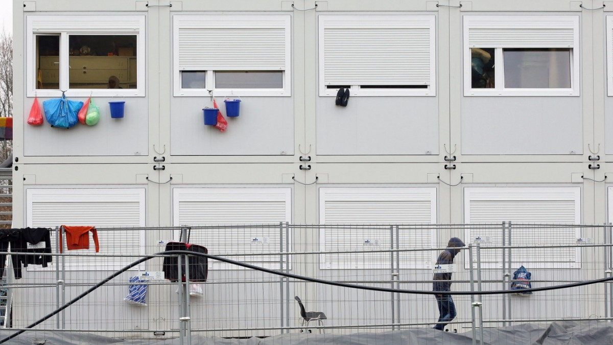 Streit um Flüchtlingsunterkunft auf HSV-Parkplatz