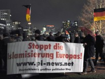 Pegida-Demo in Düsseldorf