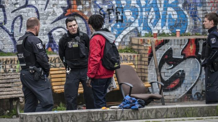 Ordnungsamt und Polizei im Görlitzer Park