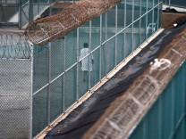 European delegation sets out for Guantanamo Bay prison