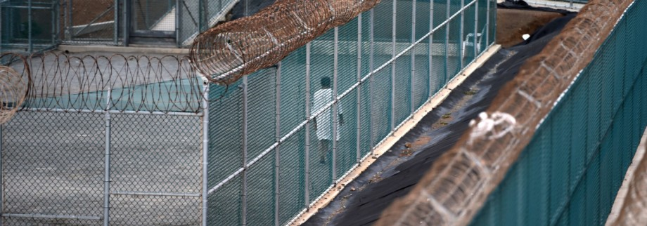 European delegation sets out for Guantanamo Bay prison