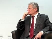 Podiumsdiskussion mit Bundespräsident Gauck über SED-Staat