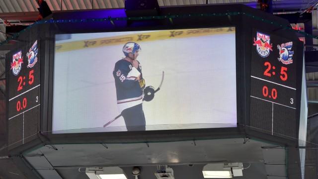 Ice hockey Eishockey DEL RB Muenchen vs Mannheim MUNICH GERMANY 12 DEC 14 ICE HOCKEY DEL De; Eishockey