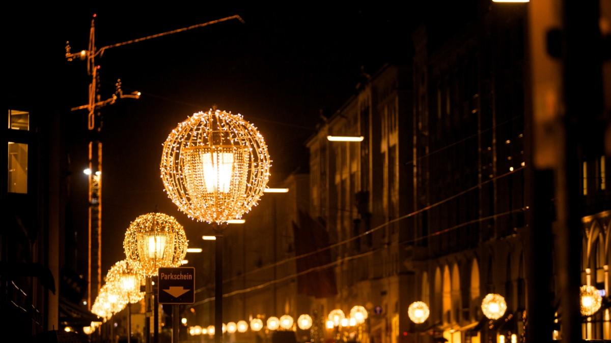 Weihnachtsbeleuchtung München.Beleuchtung In München Das Große Geglitzer München Süddeutsche De
