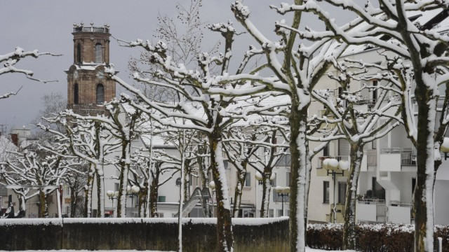 Neuschnee sorgt am Samstag 27 12 2014 für Chaos aber auch für Winterstimmung im Saarland Hier die