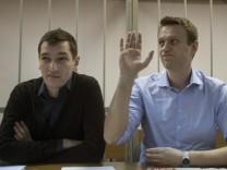 Kremlkritiker Alexej Nawalny und sein Bruder Oleg