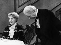 Silvester im TV: 'Dinner for One' May Warden Freddie Frinton