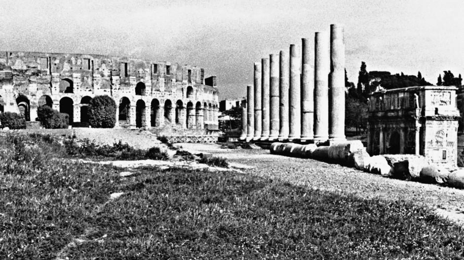 Forum Romanum mit Kolosseum in Rom, 1936
