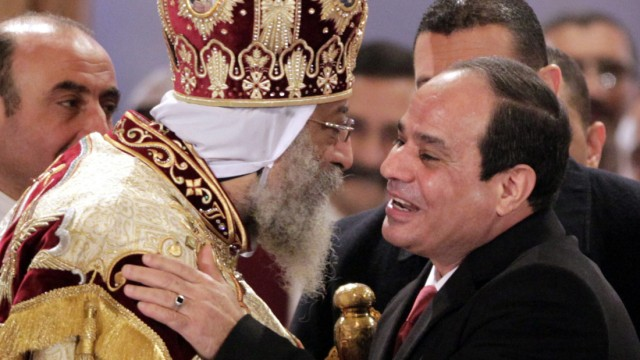 Egyptian President Abdel Fattah al-Sisi visits Coptic Pope on the