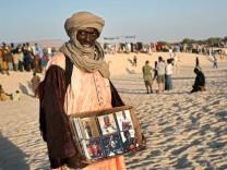 Händler mit Musik-CDs in Mali