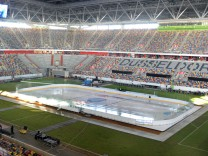 Aktuell Eishockey DEL Vorbereitungen zum Winter Game Düsseldorfer EG Kölner Haie Wintergame Eis