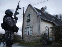 Sicherheit Überwachung Charlie Hebdo Freiheit Bedrohung