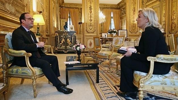 Marine Le Pen meets President Hollande at Elysee
