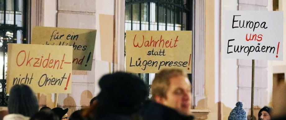 Demo der Anti-Islam-Bewegung 'Sbh-Gida' in Villingen-Schwenningen