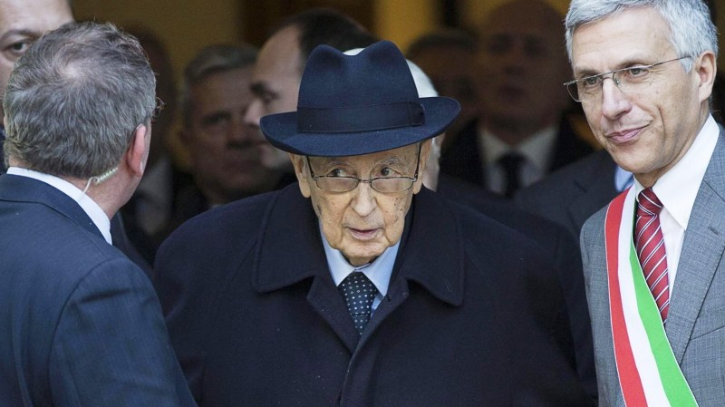 Italian President Giorgio Napolitano visits Francesco Rosi's mort