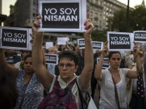 THOUSANDS OF PEOPLE PROTEST AGAINST DEATH OF ATTORNEY ALBERTO NIS