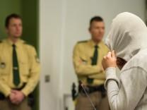 Prozessauftakt gegen angeblichen Terrorhelfer